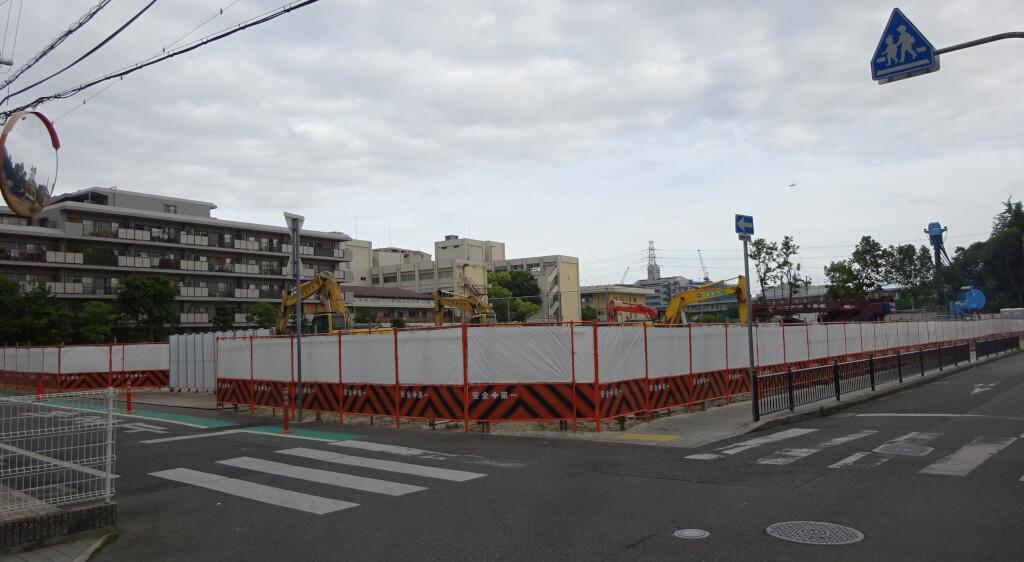 伊丹市立南小学校北隣の建設現場
