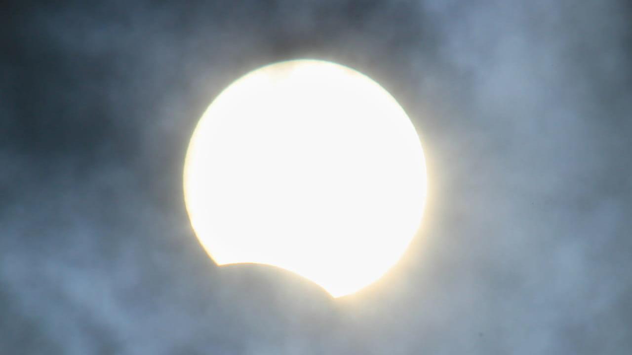 部分日食 イメージ